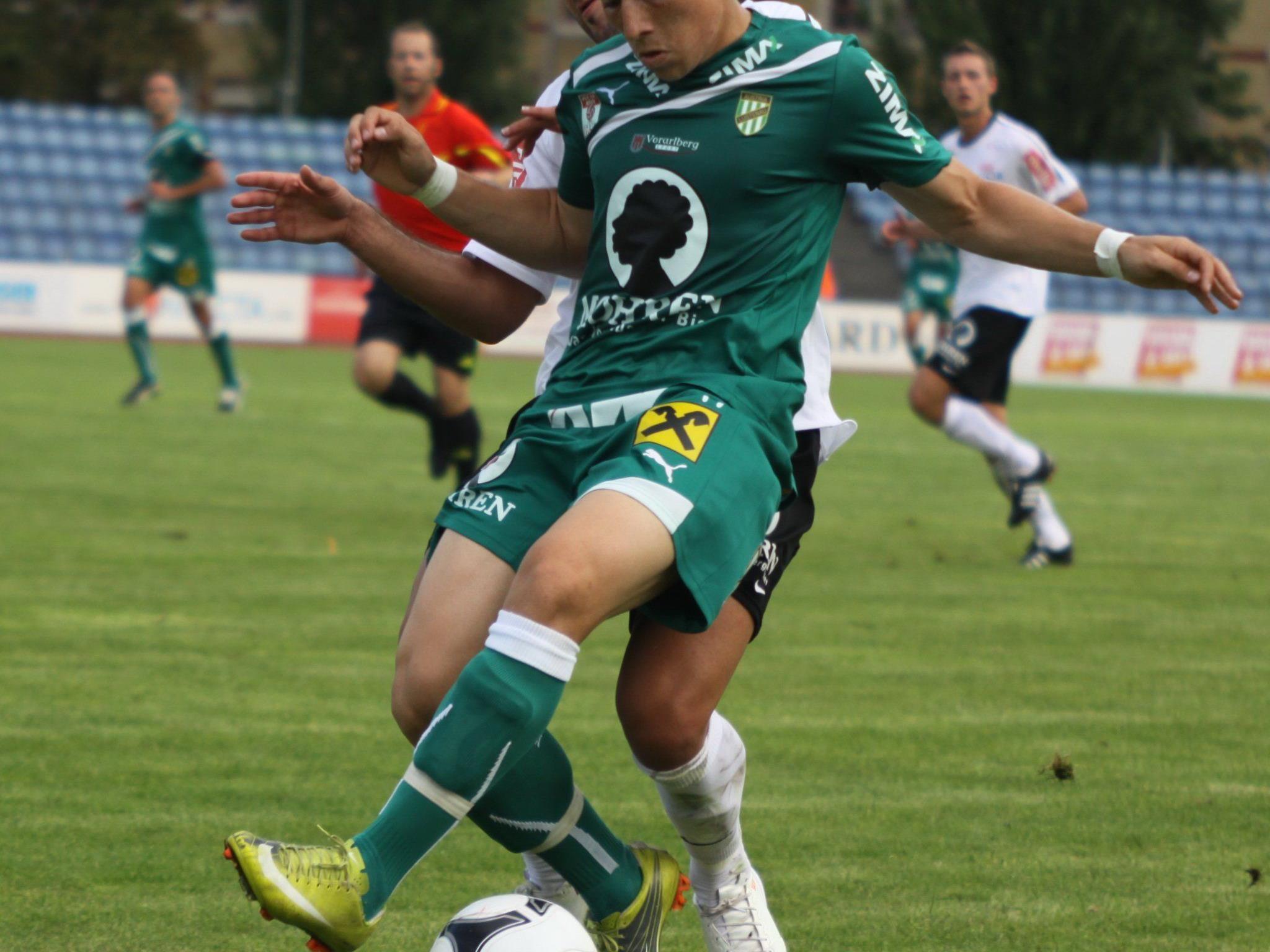 Drei deutsche Topklubs haben Danilo Soares beobachtet.