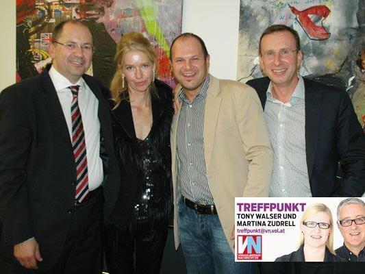 Hatten Grund zum Feiern: Gerd Jelenik (l.) mit Celia Sulzenbacher sowie Manfred Gassner und Robert Neudorfer.