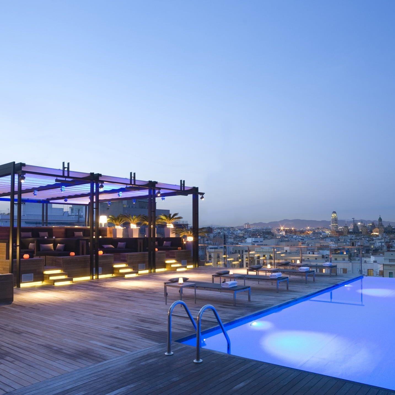 Sky-Bars – auf den Dächern der Welt.