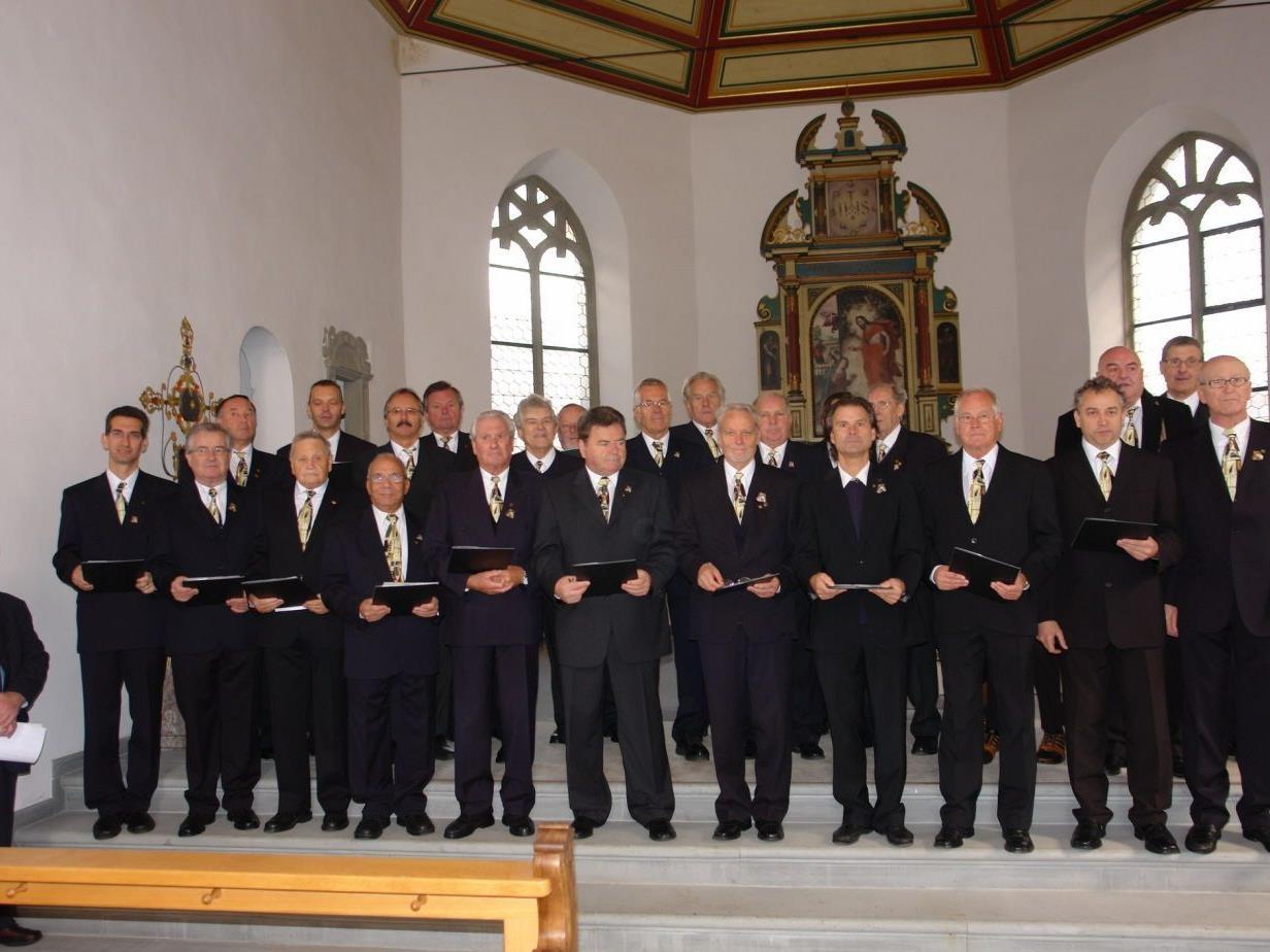 Liedertafel Feldkirch mit Chorleiter Prof. Walfried Kraher
