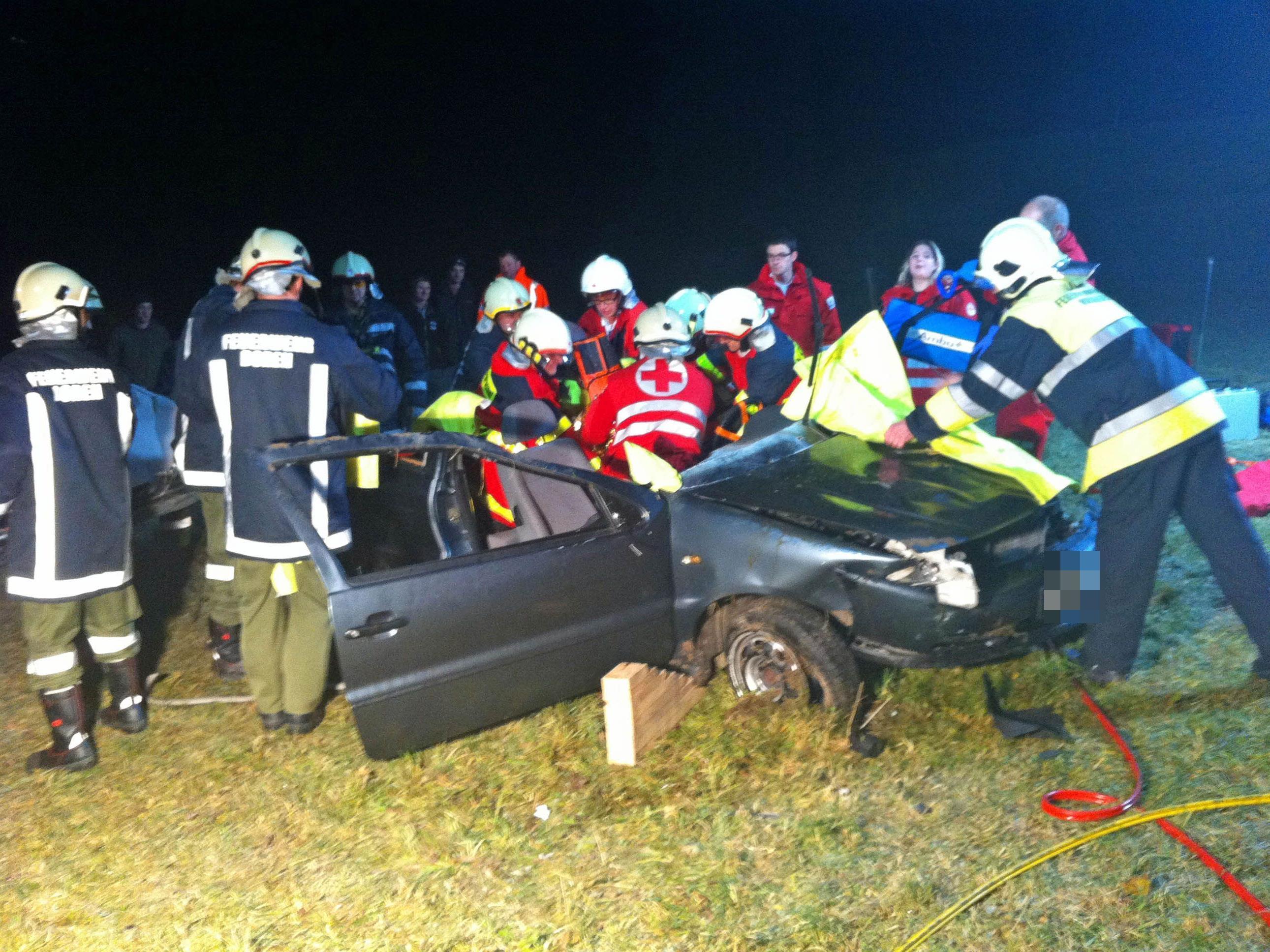 Ein schwerer Unfall forderte am Montagabend einen Verletzten