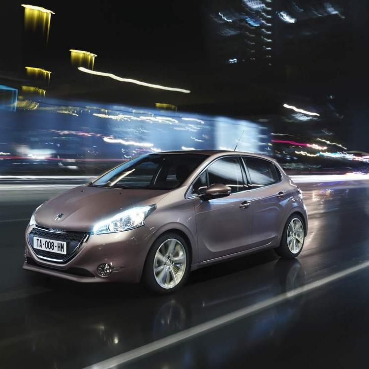 Peugeot präsentiert den neuen Kleinwagen 208.