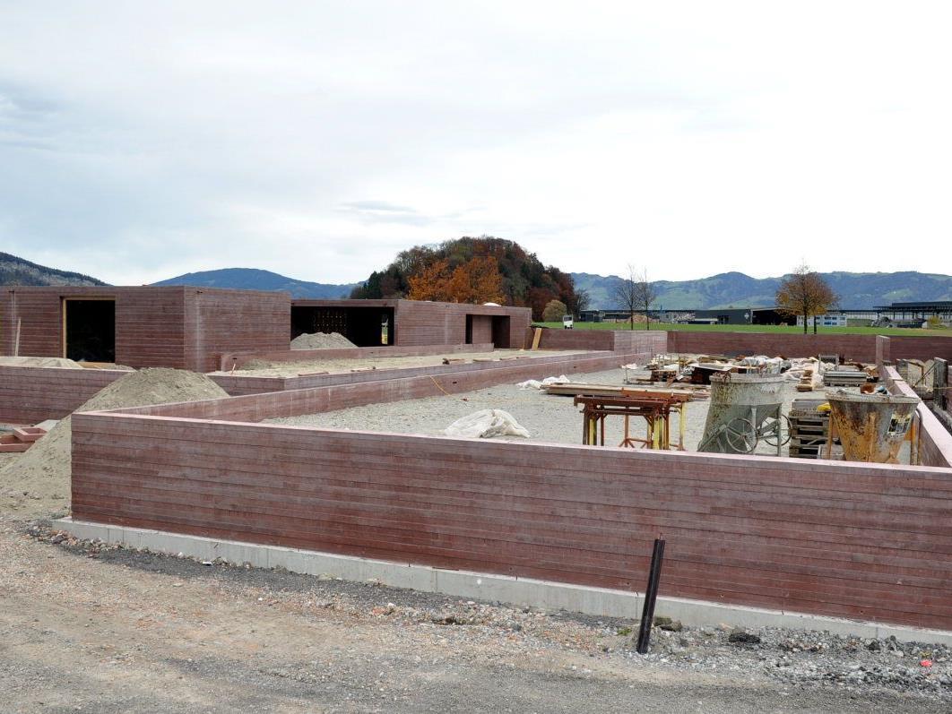 In Altach entsteht der zweite islamische Friedhof Österreichs. Im Jänner könnten die ersten Begräbnisse stattfinden.