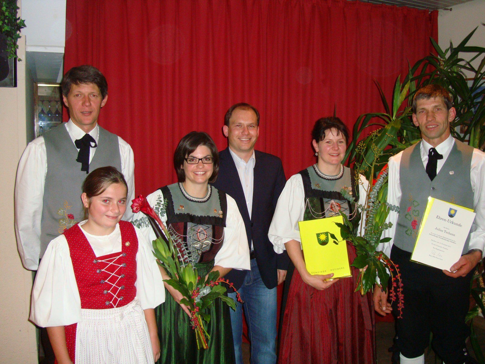 Treue Mitglieder wurden für ihr Vereinsmitwirken geehrt.