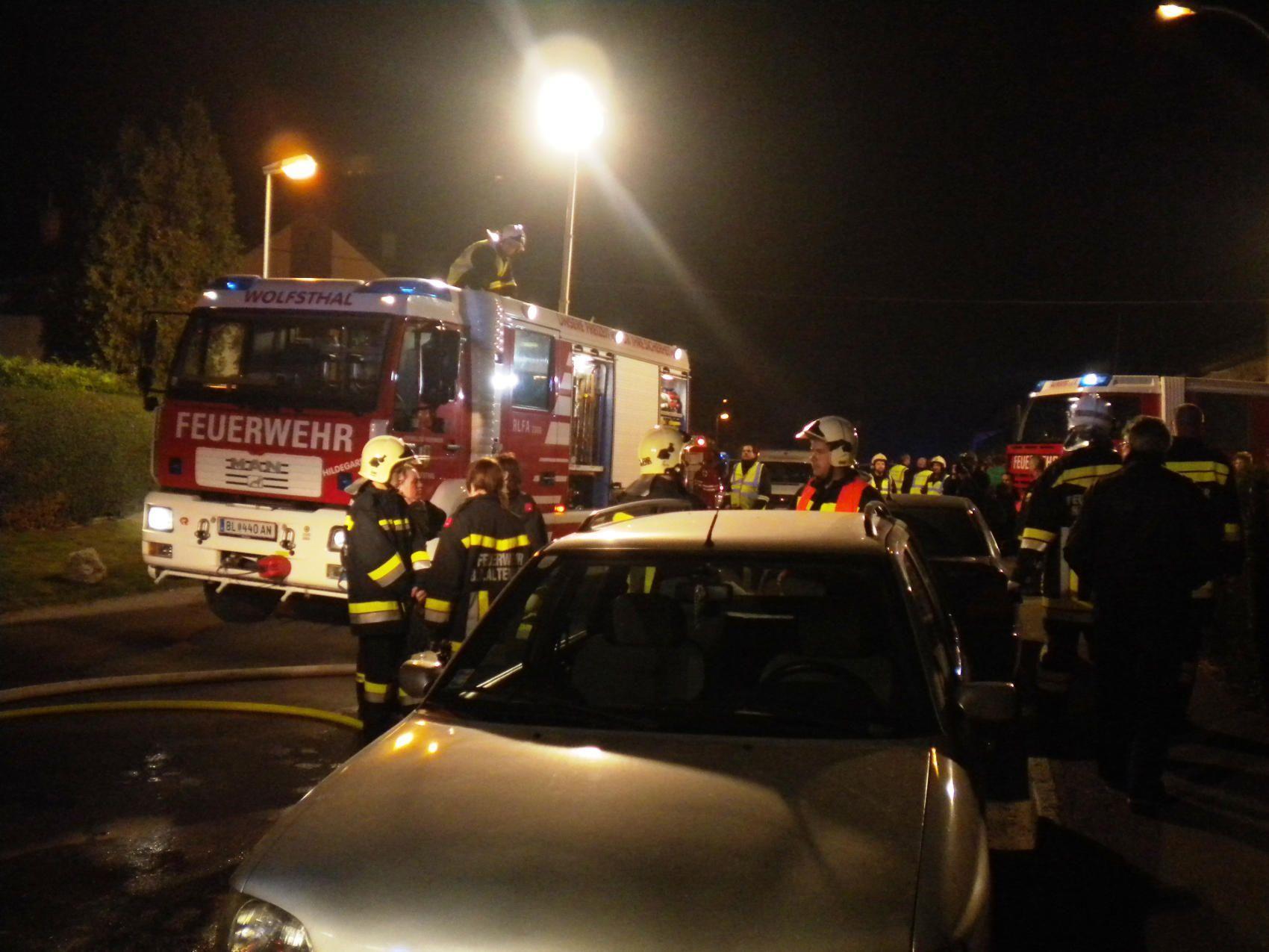 50 Mann im Einsatz beim Brand in der Burgenlandstraße.