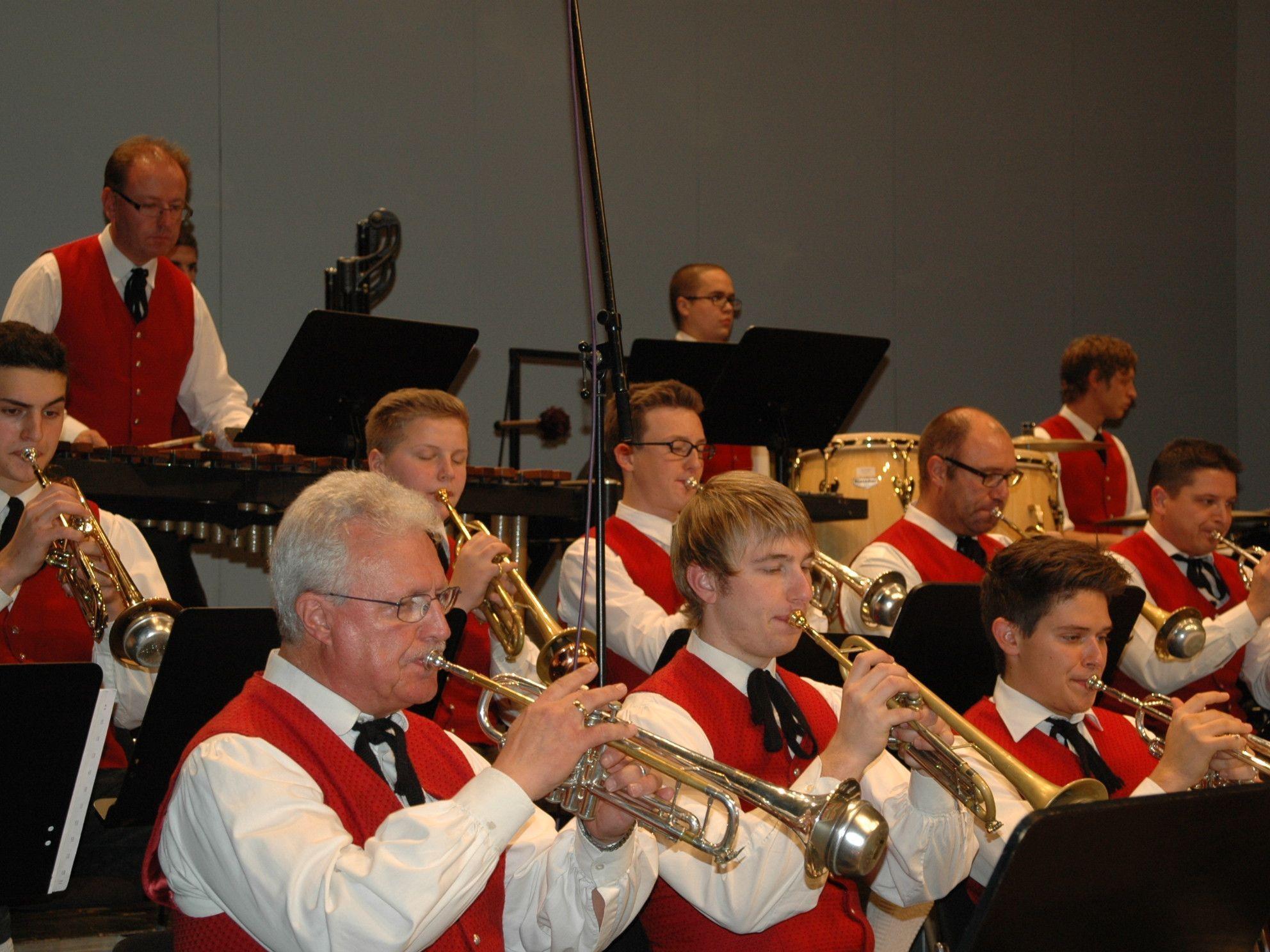 Die Bürgermusik Götzis unter der Leitung von Attila Buri begeisterte beim Herbstkonzert