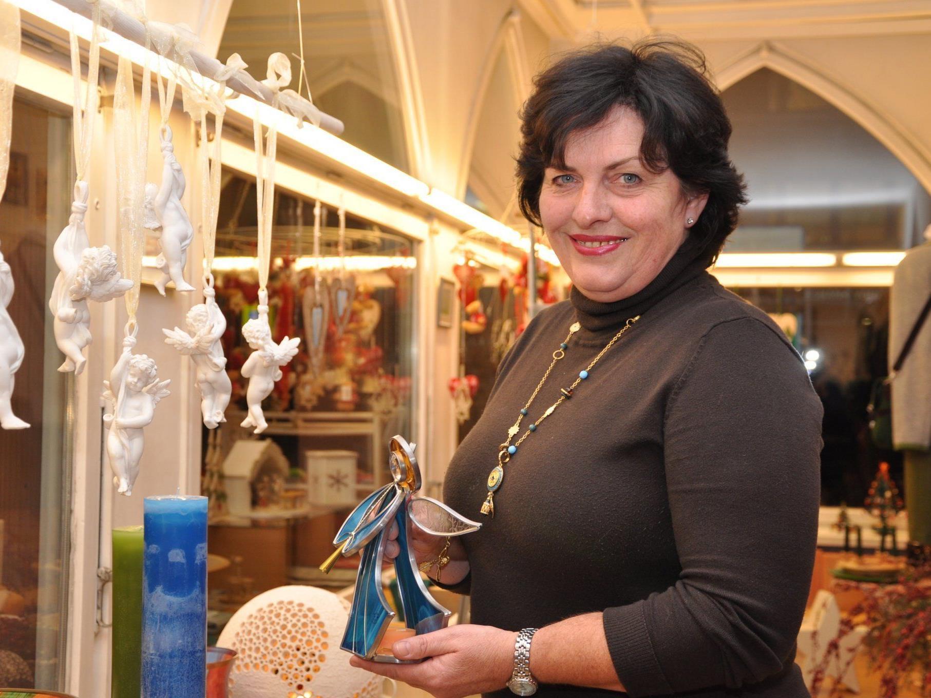 Marianne Selb verkauft Tradition – Made in Austria.