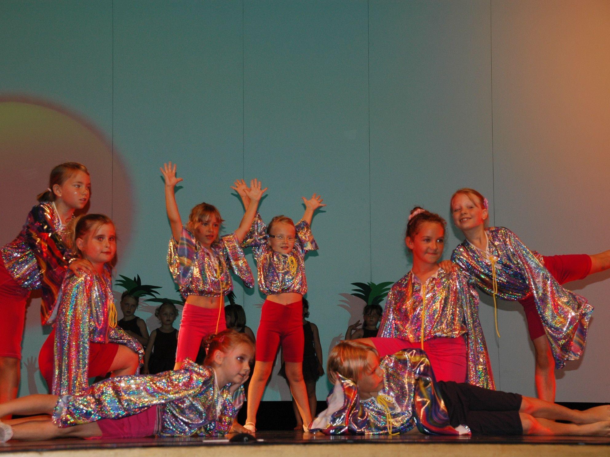 Konzentration, Ausdauer & Freude am Tanzen stehen in der Dance Hall im Vordergrund.