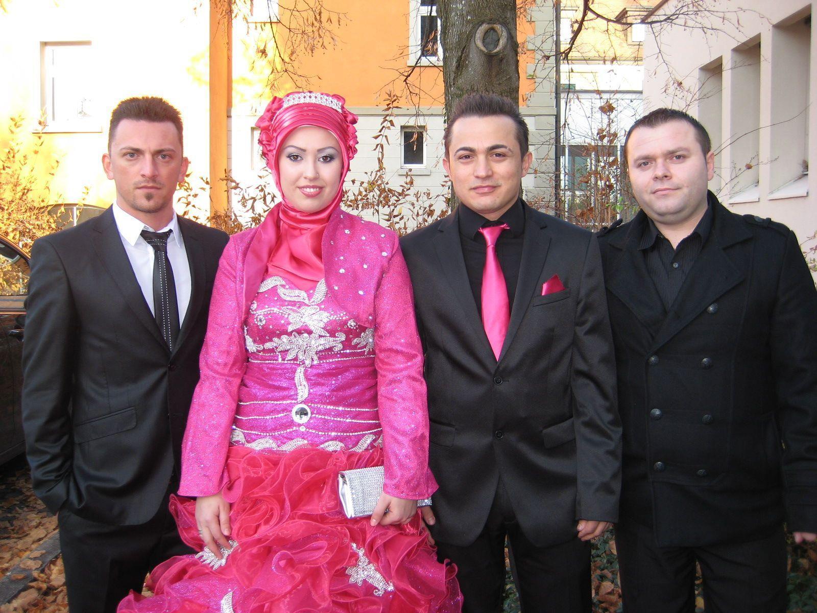 Derya Yilmaz und Emrah Karatas haben geheiratet.