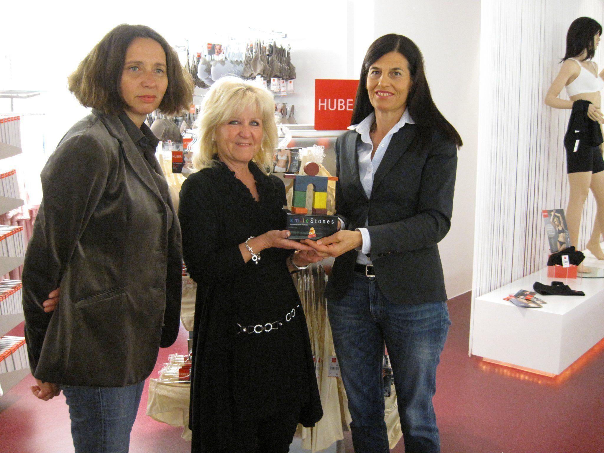Gerti Hopp, Karin Geser (Huber Shop), Gaby Huber