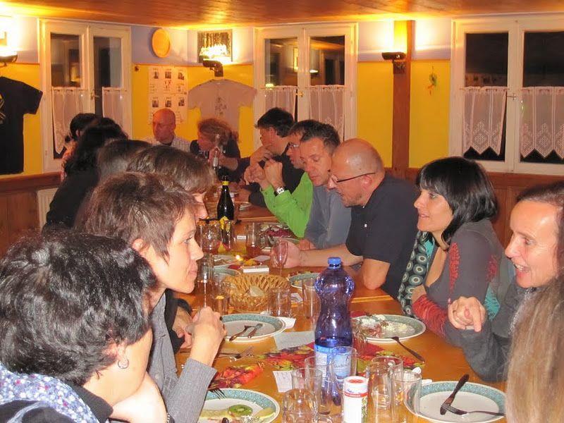 Feierlaune bei den Altenstädtner 66er zum 45. Geburtstag.