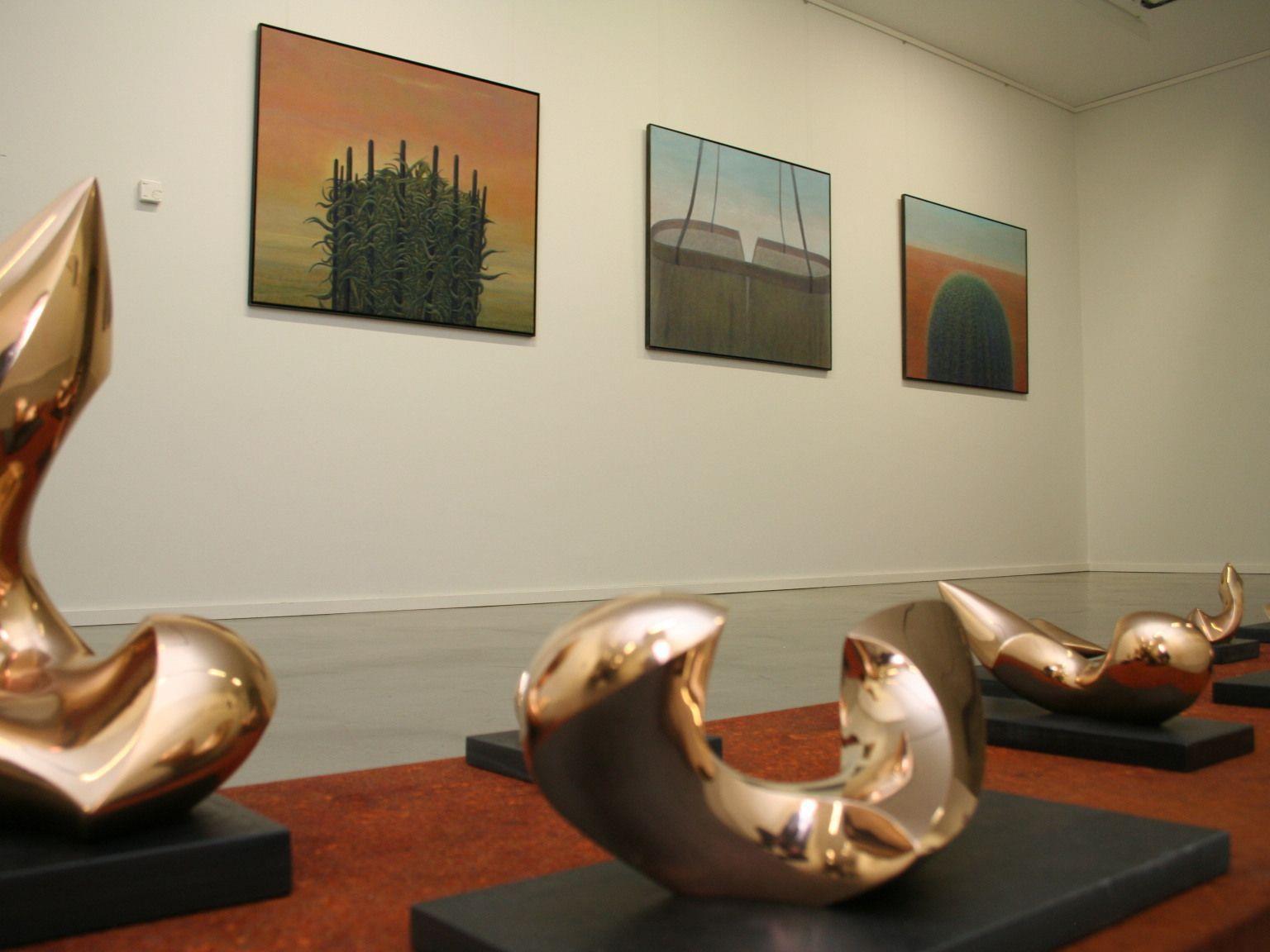 Skulpturen und Malereien von Schweizer Künstlern bei der neuen Winterausstellung.