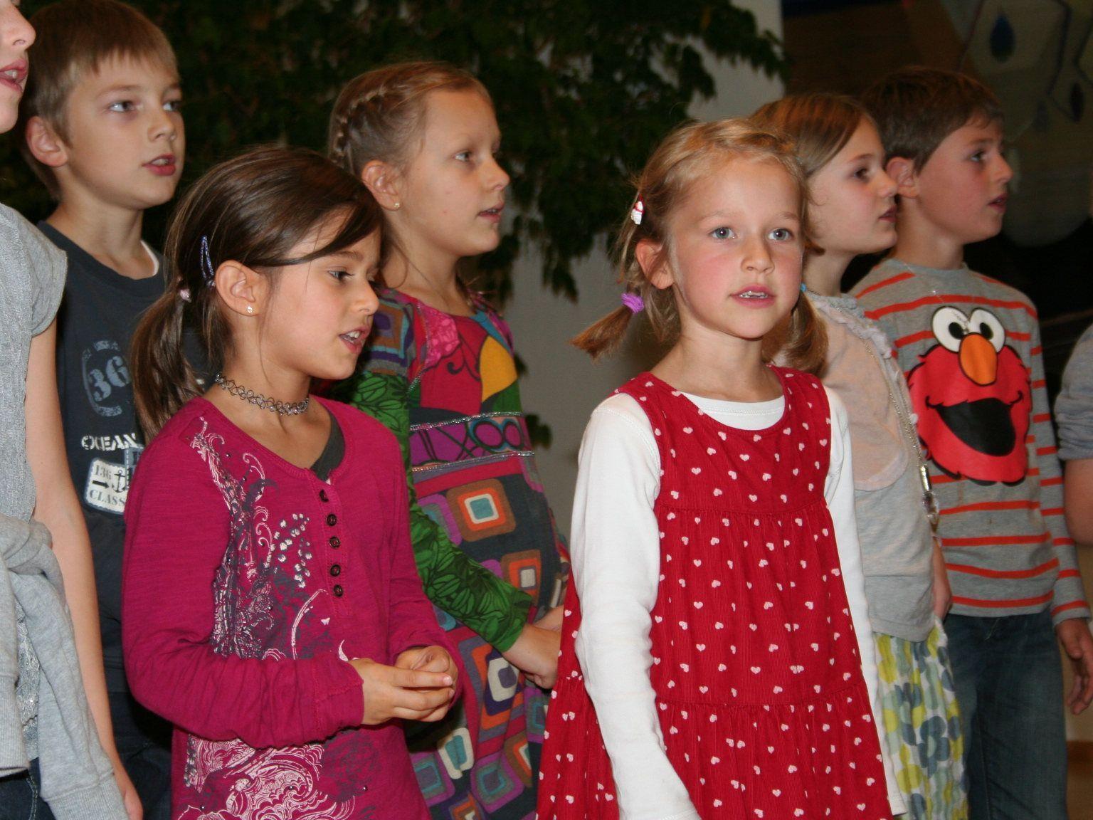 Der Kinderchor überzeugte mit vielen schönen Liedern.