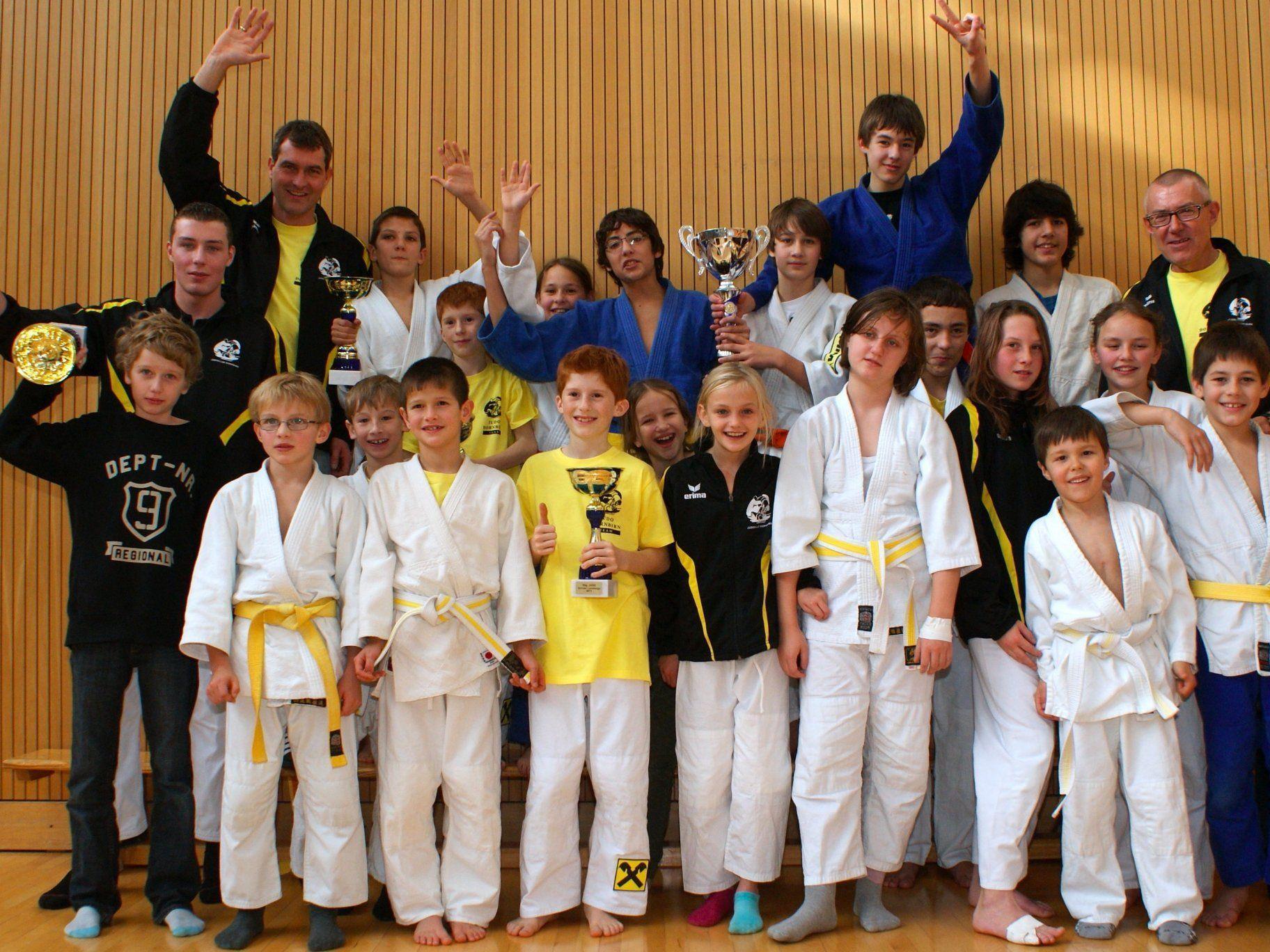 Die siegreiche Judo-Mannschaft aus Dornbirn
