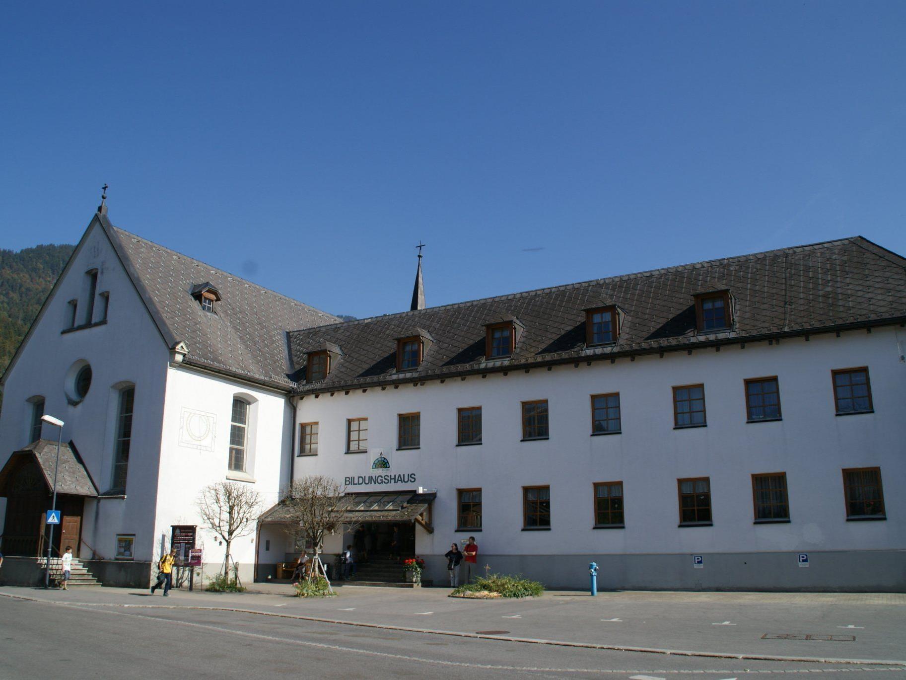 Die Klosterkirche in Bezau wird renoviert