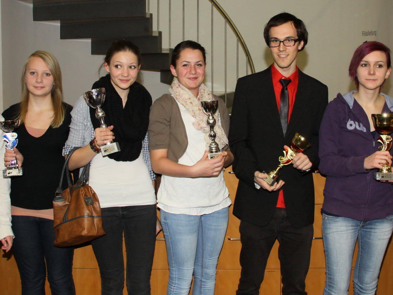 Alle Geehrten der Jugend-Titelkämpfe in Hohenems.