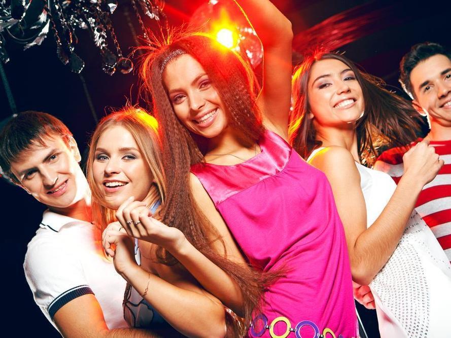 """Israelisches Nightlife im """"Tel Aviv Club"""""""
