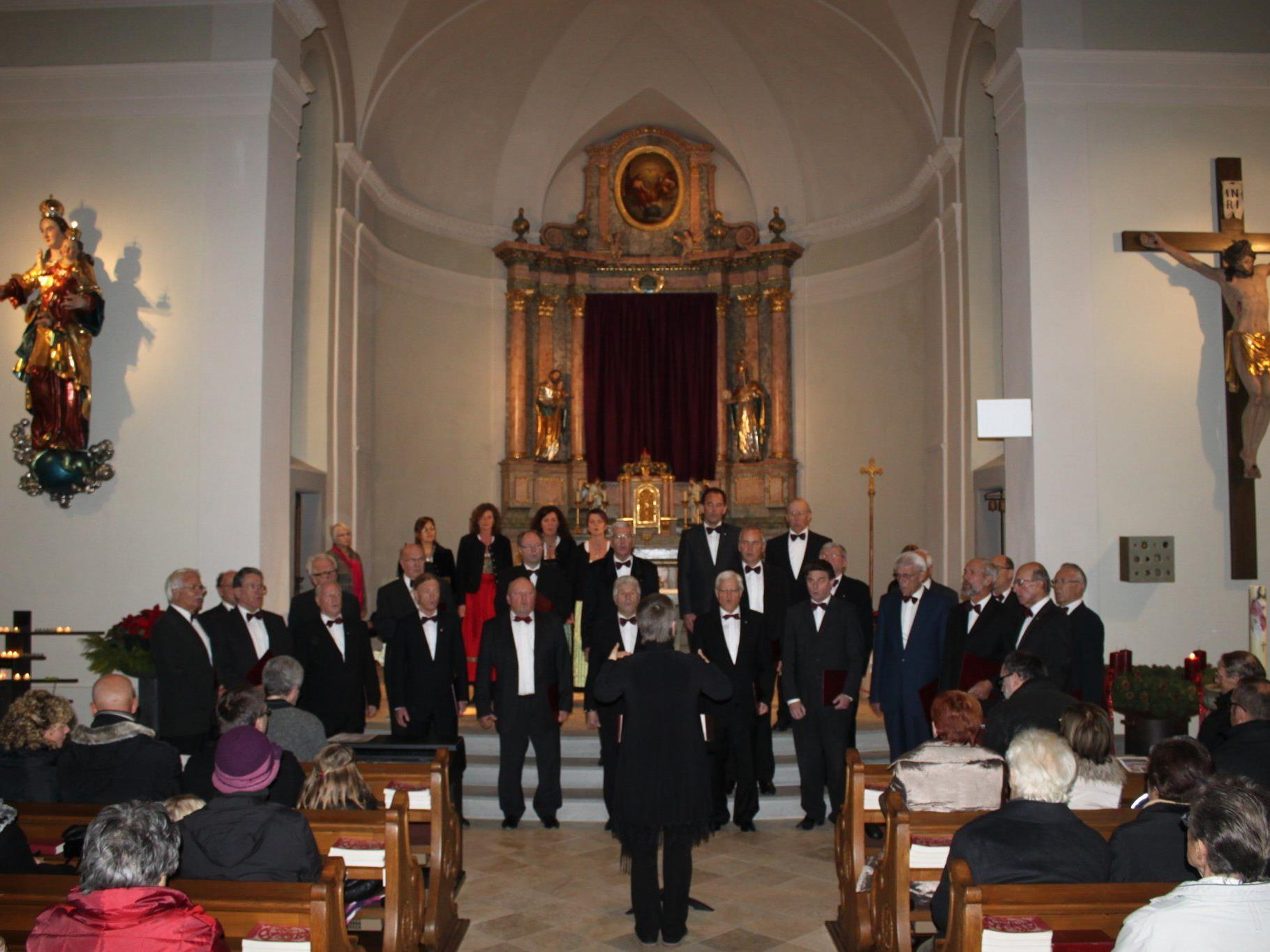 Zu diesem schönen Konzertabend konnte man allen Mitwirkenden nur gratulieren.