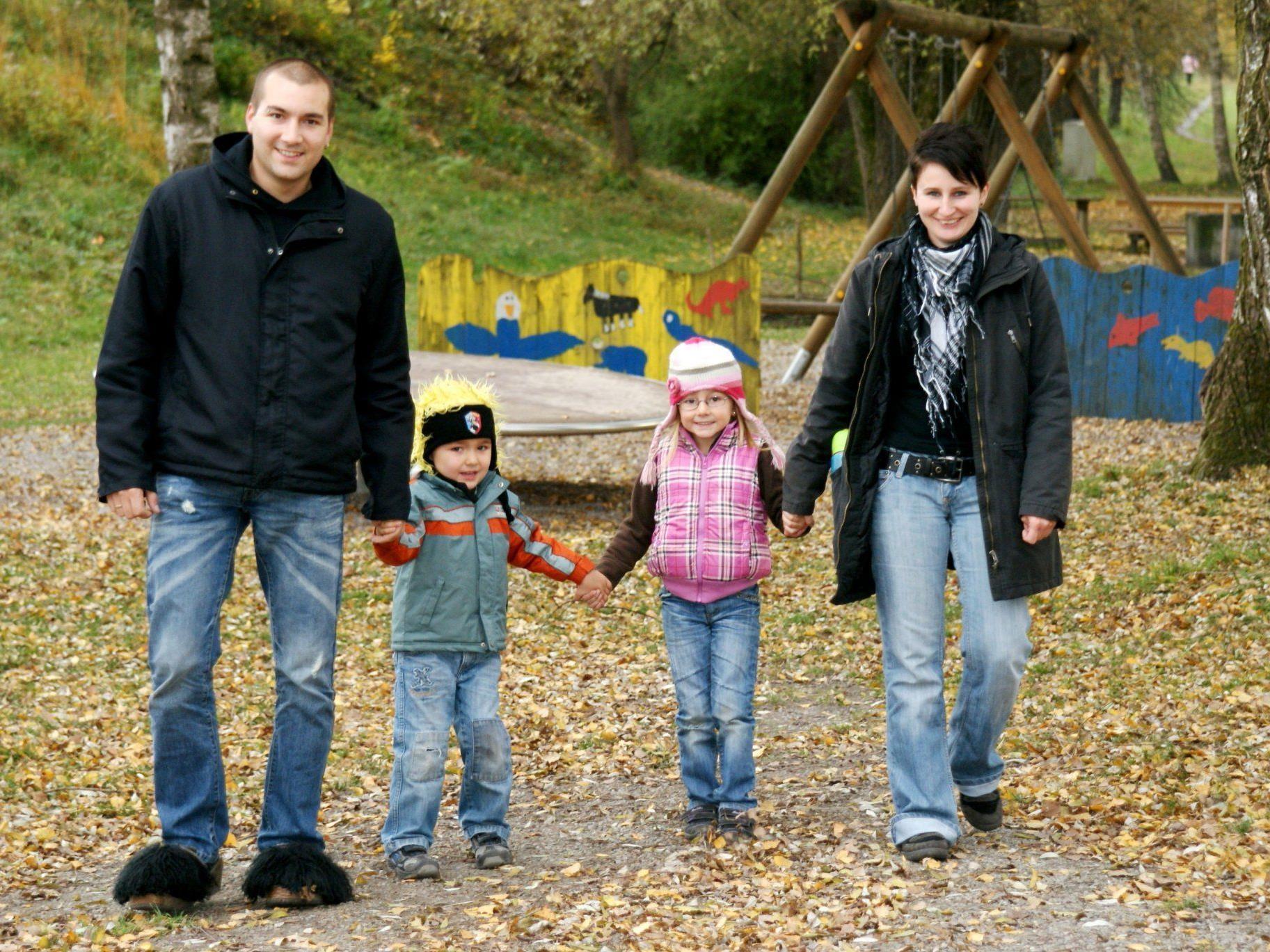 Eine fröhliche Familie
