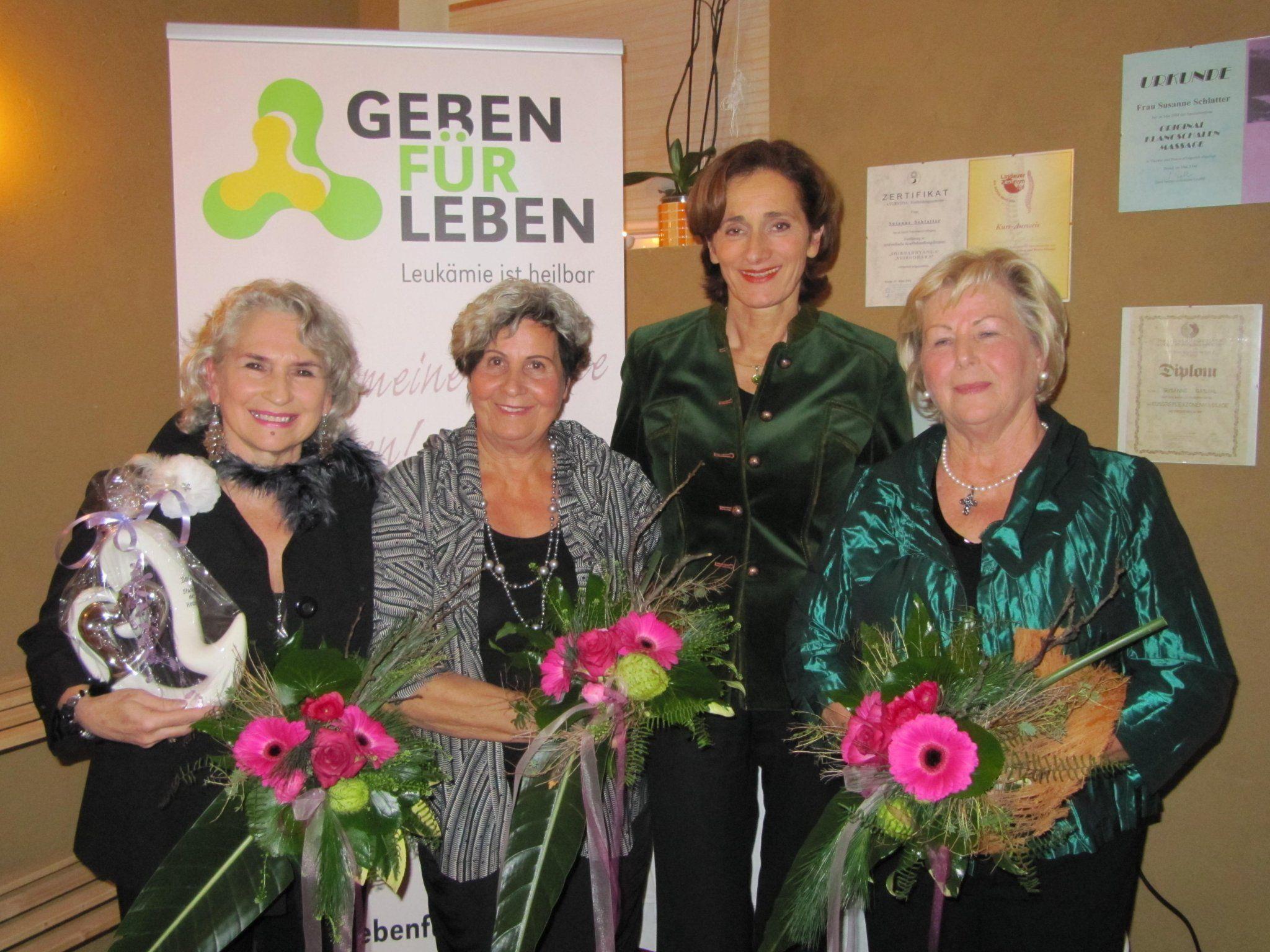 Dagmar Ganahl, Herlinde Marosch und Melitta Mair wurden von LT-Präsidentin geehrt.