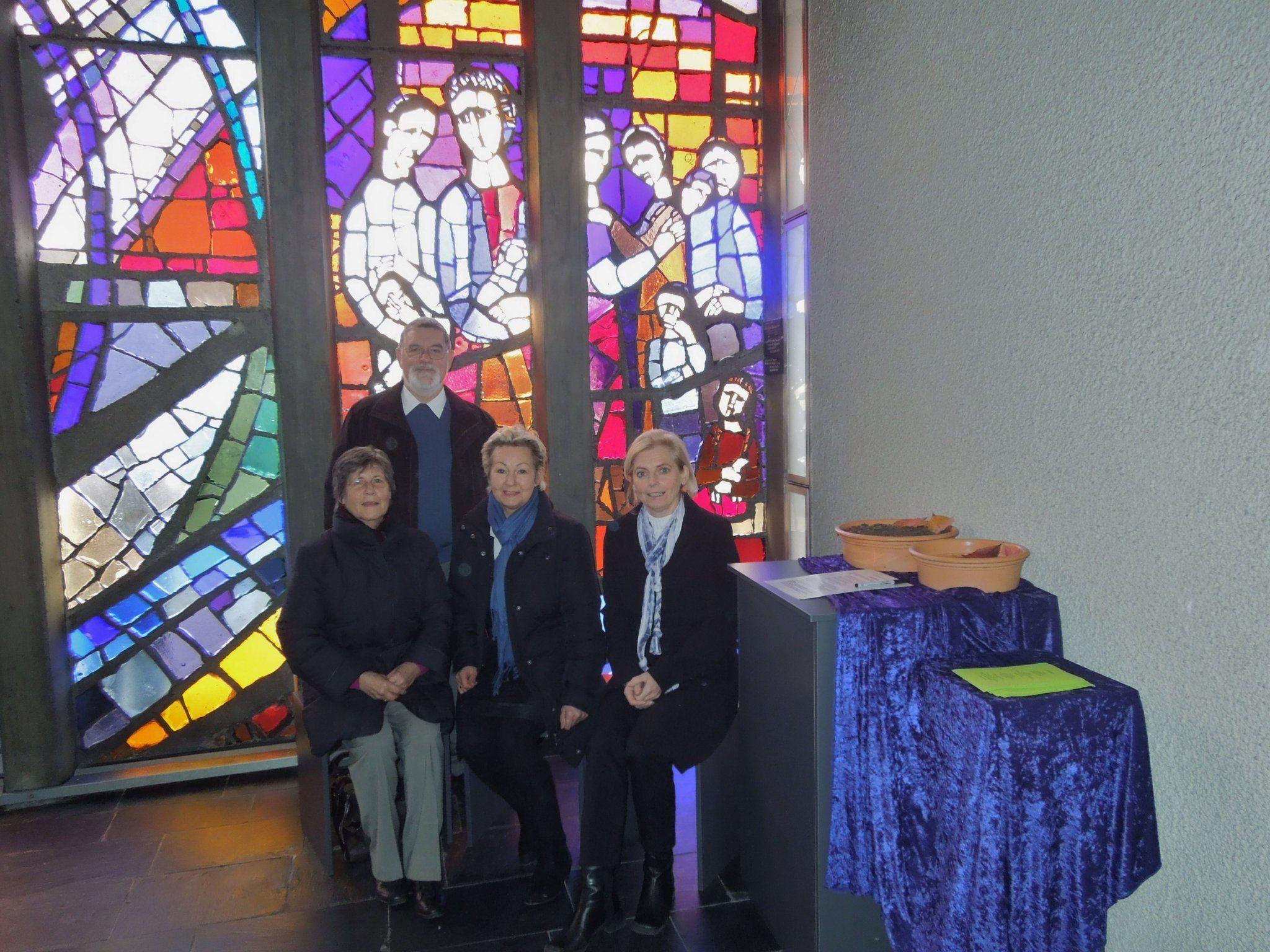 Die Gruppe Trost und Trauer hat nun eine Trauerecke in der Kirche Bruder Klaus ins Leben gerufen.