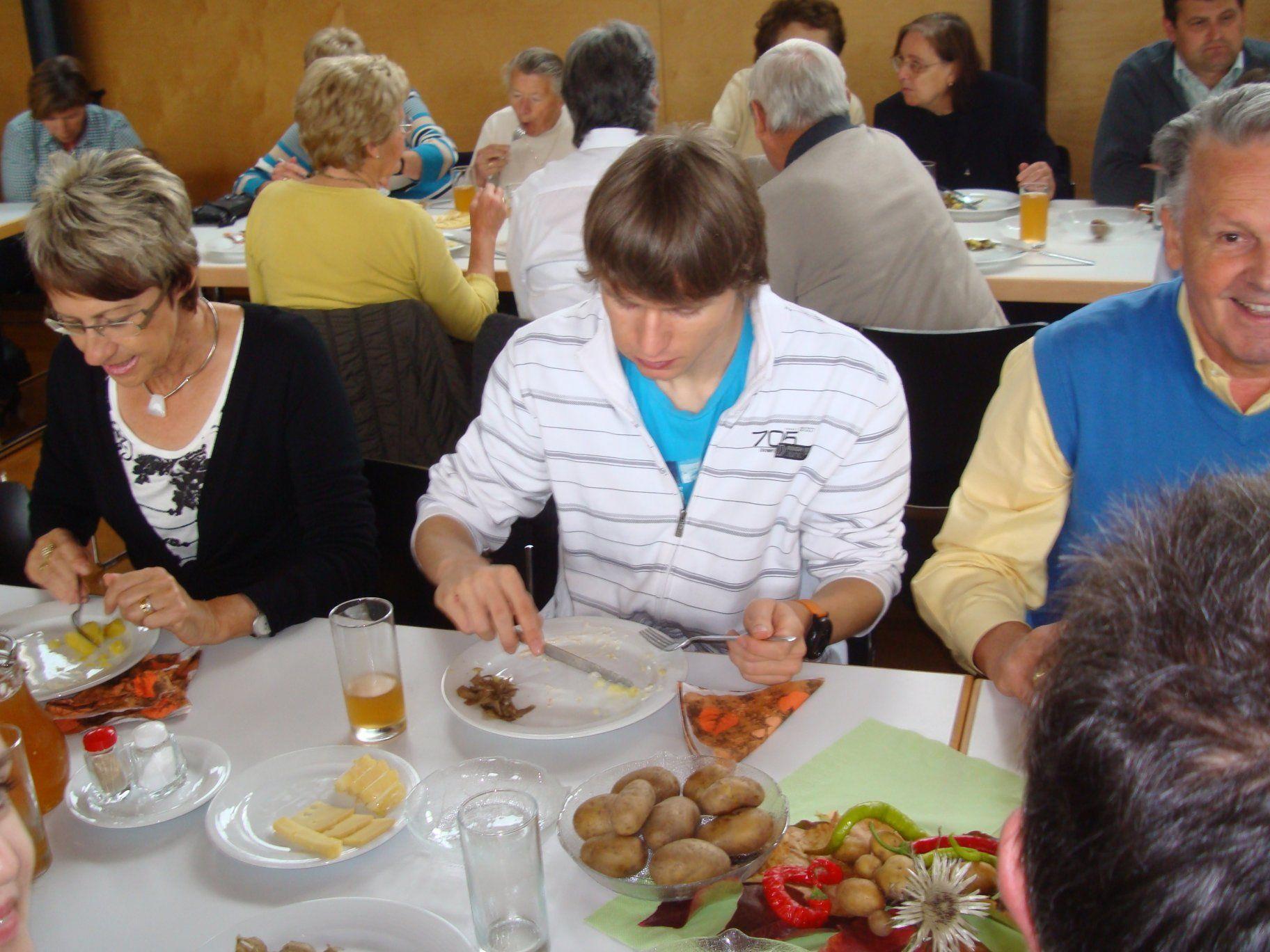 Der Missionskreis der Pfarre Nenzing organisiert neben dem Adventbasar auch einen Suppentag.