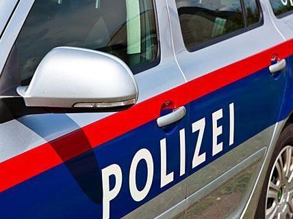 Der Räuber überfiel die 22-Jährige an einem Bankomat in Wien-Leopoldstadt