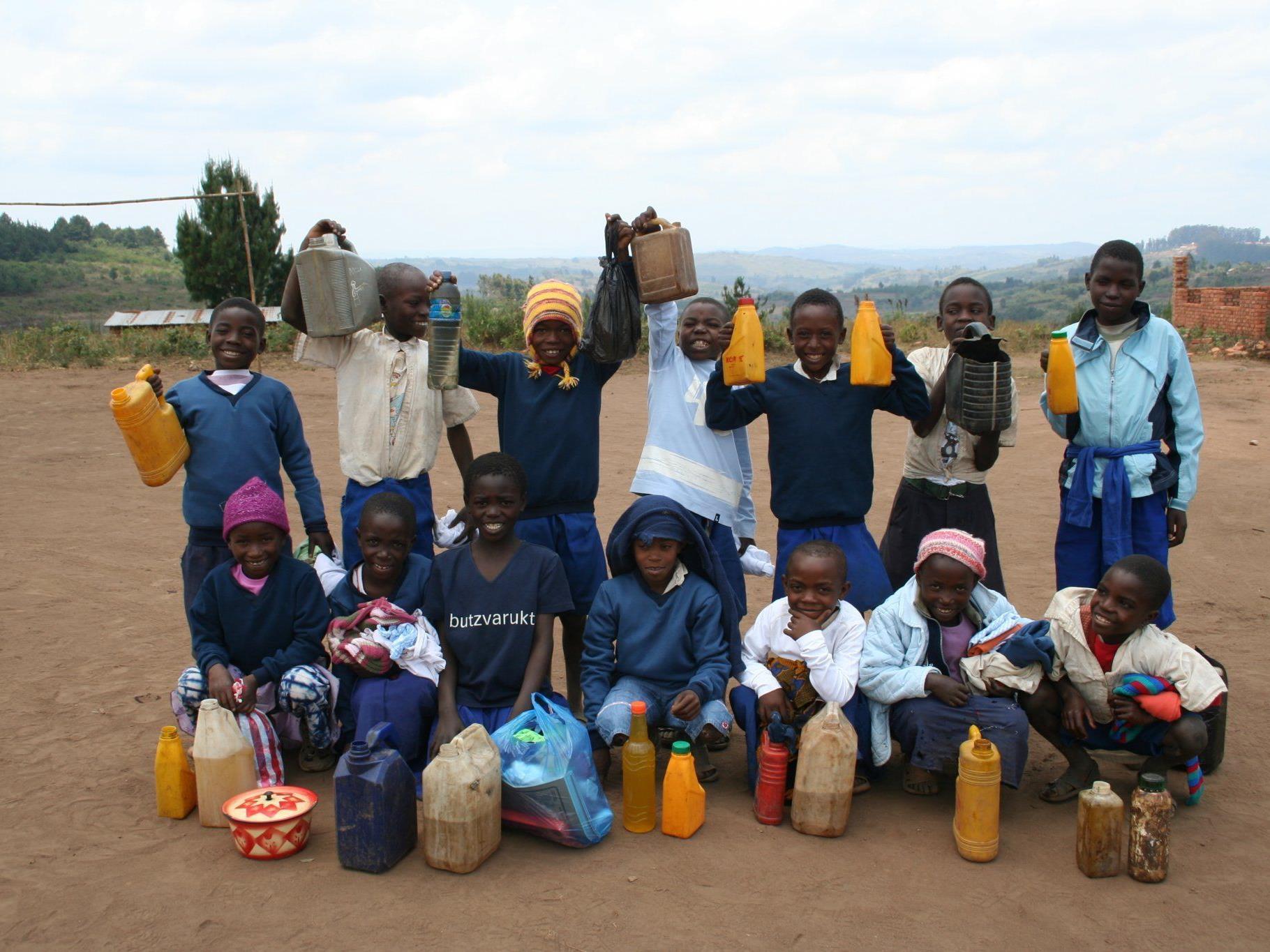 Kleinigkeiten für uns - Lebensgrundlage für die Waisenkinder