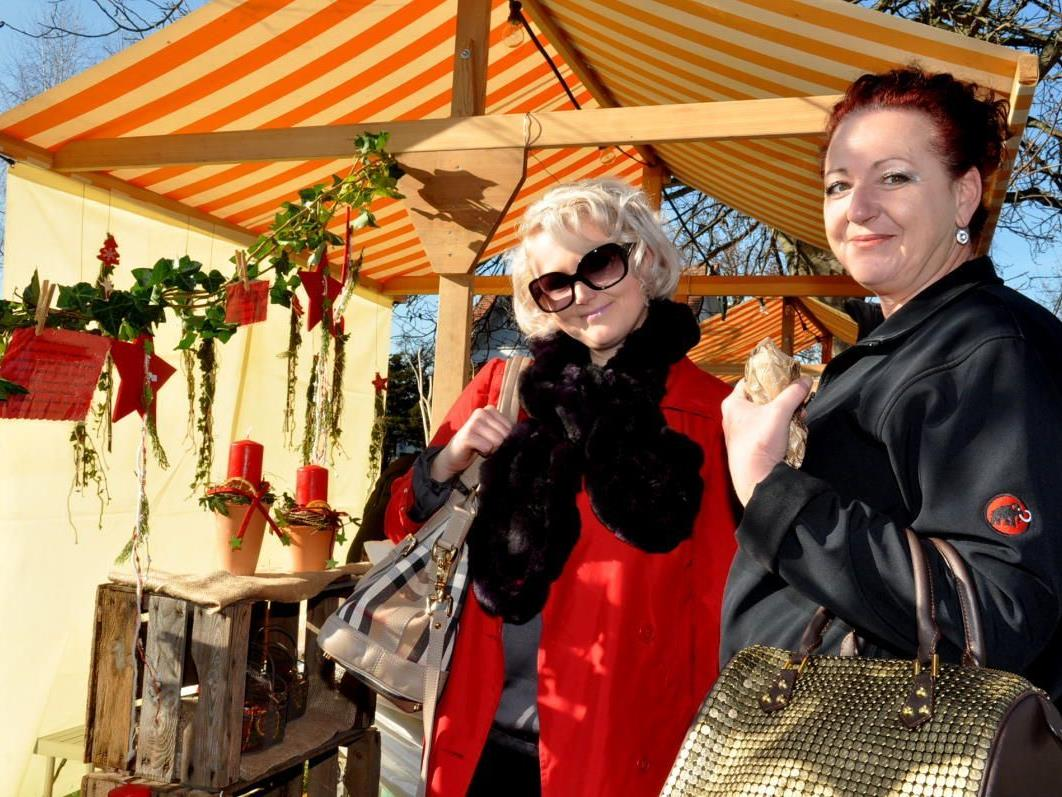 Auch Julia und Barbara zeigten sich vom tollen Angebot begeistert.