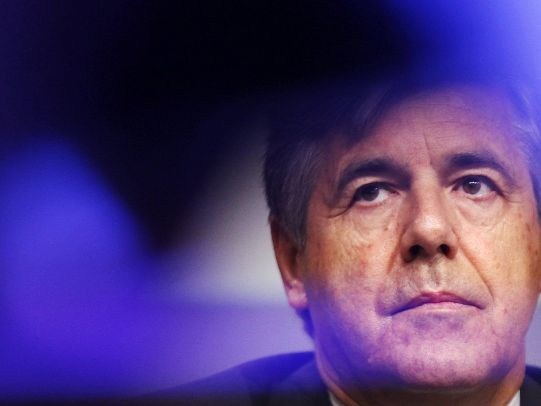 Ackermann wird nicht in den Aufsichtsrat der Deutschen Bank gehen. Die Staatsanwaltschaft ermittelt unterdessen gegen ihn.