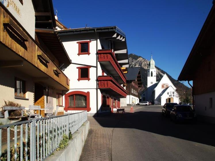 Mitten im Ortszentrum von Fontanella entsteht ein Vier-Sterne-Hotel mit 80 Betten.