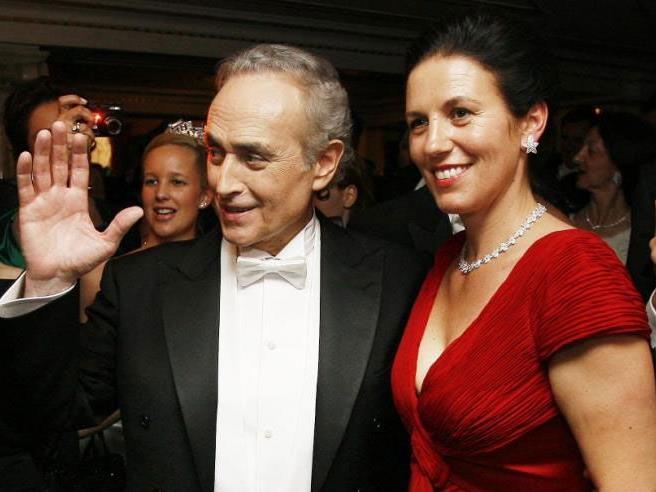 Ein Bild aus glücklichen Tagen: Der Startenor und seine Ehefrau beim Opernball im Jahr 2008.