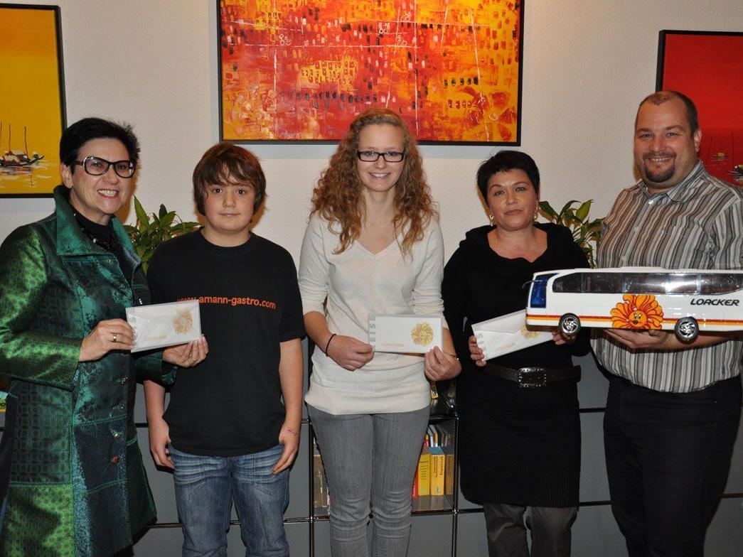 Preisübergabe mit Maria Ellensohn, Nino Amann, Julia Altenburger, Maria Kalevak und Ralf Loacker.
