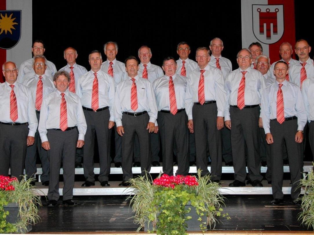 Alle aktiven Sänger des Männerchores Nüziders