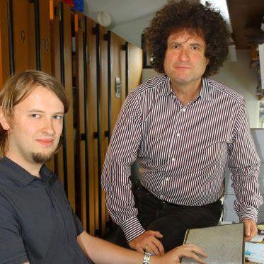 Christian Herbst (links) und Hanno Loewy im Archiv.