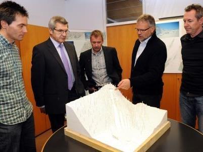 Landesrat Stemer zeigte sich erfreut, dass er für die weitere Umsetzung des Projekts auf die Unterstützung des zuständigen ÖSV-Direktors bauen kann.