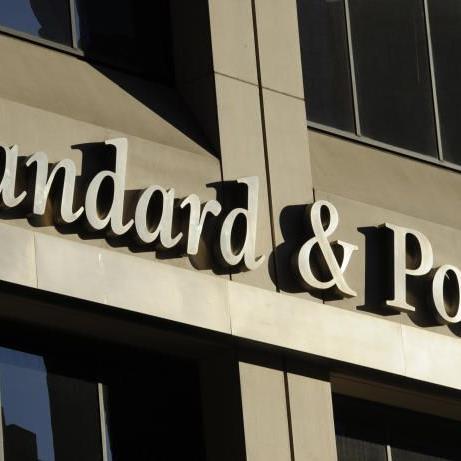 S&P aufgrund Falschmeldung heftig kritisiert