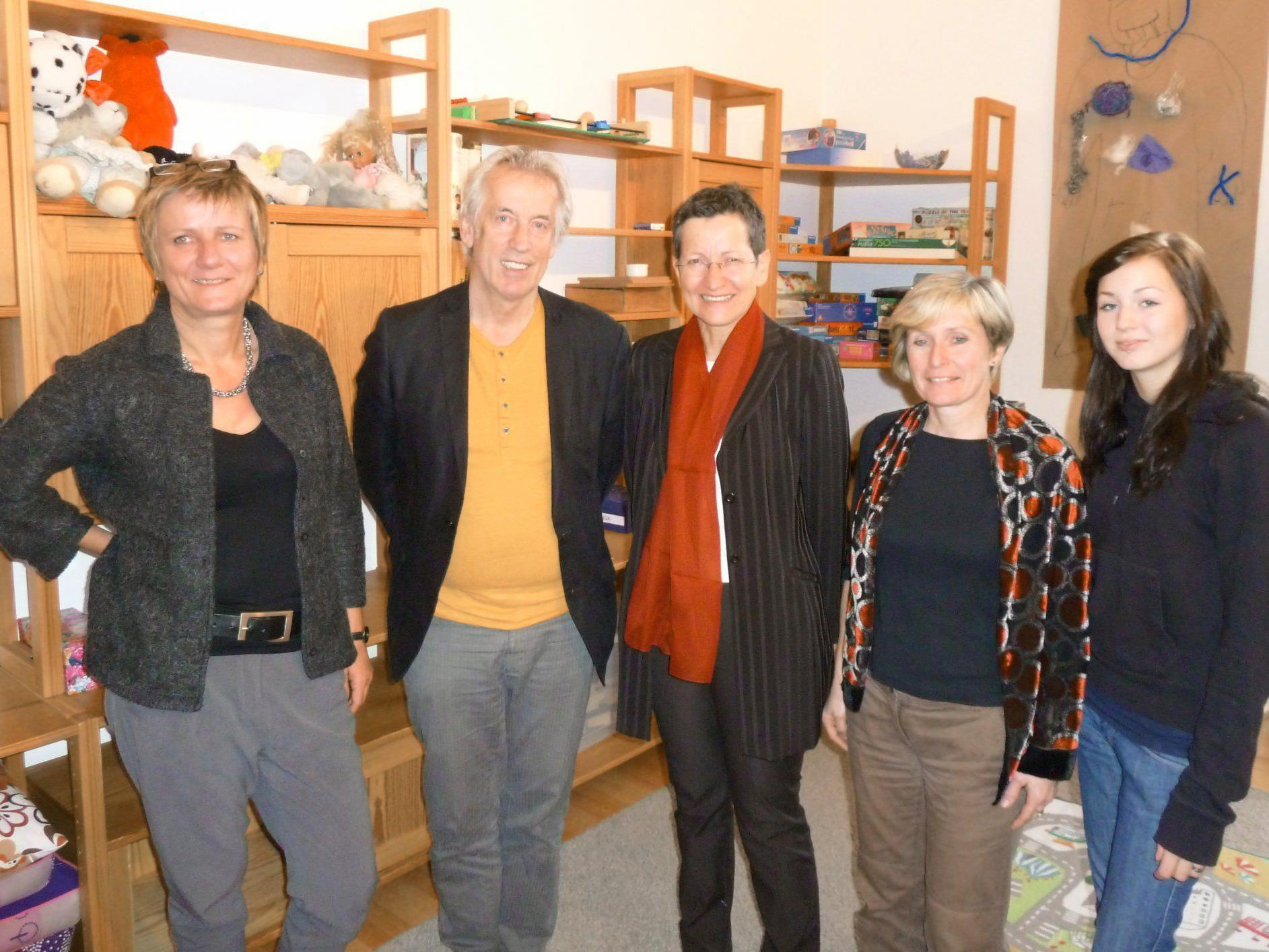 """LR Schmid besuchte die Schülerbetreuungseinrichtung """"talENTE"""" in Feldkirch."""