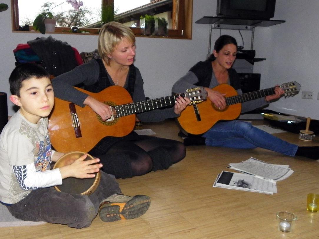 Gemeinsam wurde gesungen und musiziert