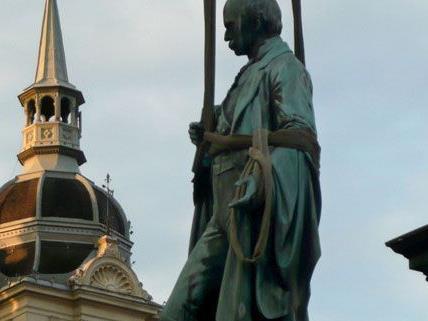 Die Stadt Graz schwindelt bei der Nulllohnrunde