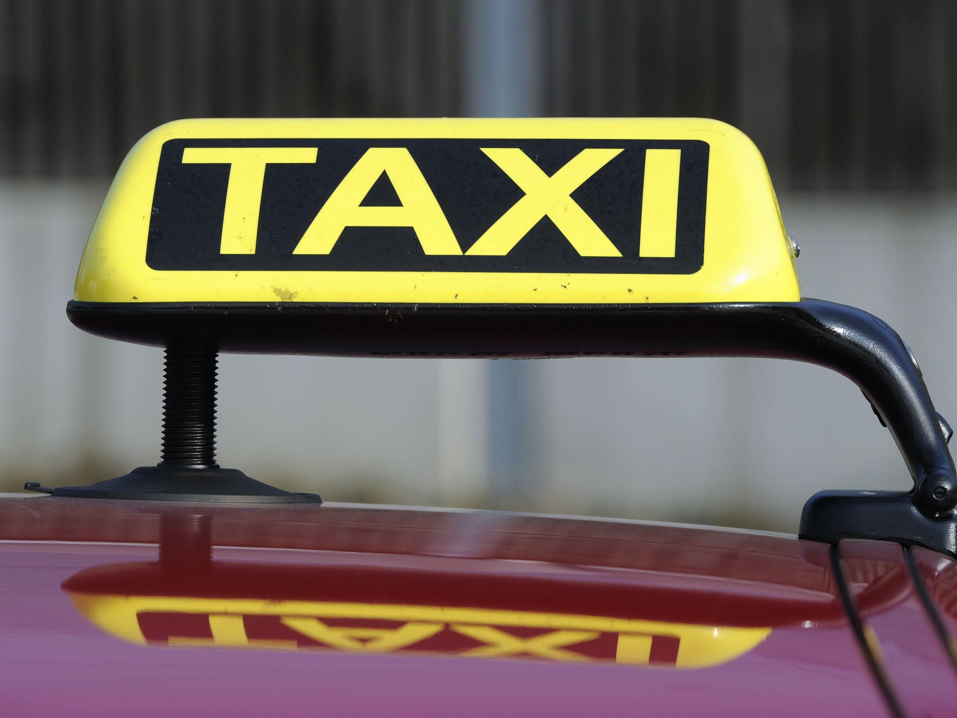 Das Taxiunternehmen schlittert in die Pleite.