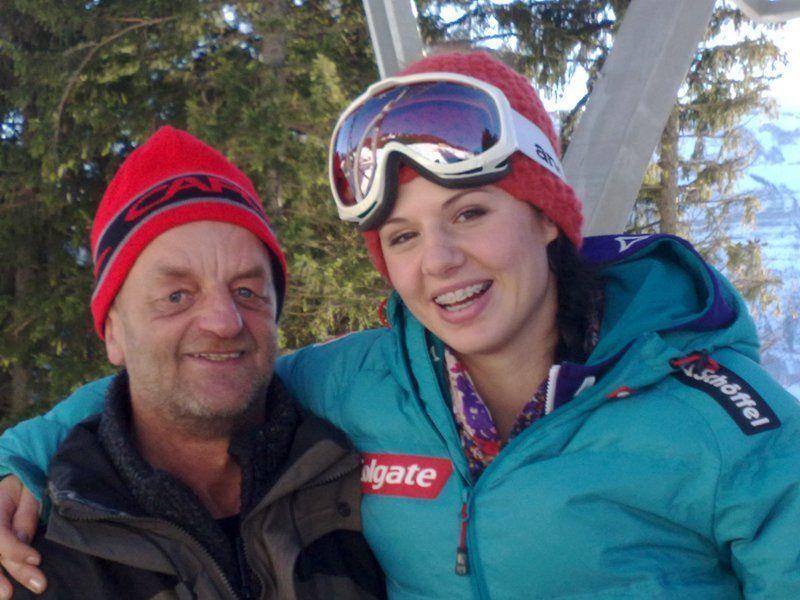 """Susi Moll mit dem """"Bergbahnen Bezau-Urgestein"""" Klaus."""