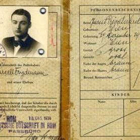 Ausgestellt werden richtige Schätze, wie etwa Prawys Pass aus dem Jahr 1938.