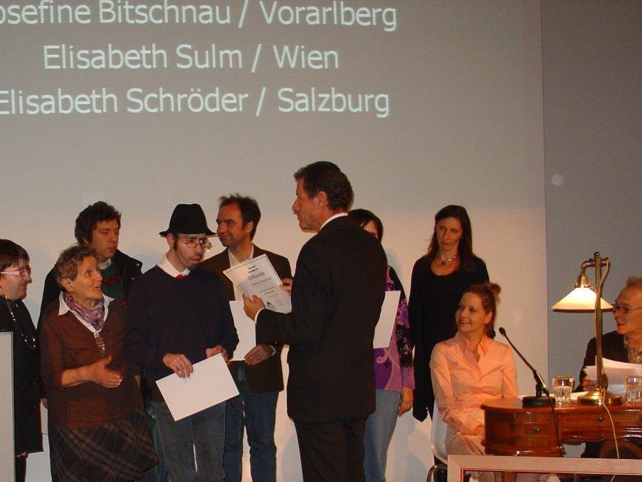 Josefine Bitschnau beschreibt ihre Erinnerungen aus der NS-Zeit.