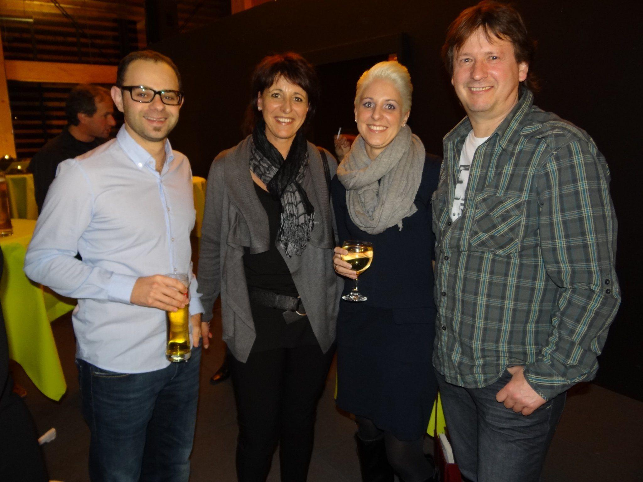 (v.l.) Jürgen, Andrea, Andrea & Mikel genossen einen tolle Herbstfeier im Mösle