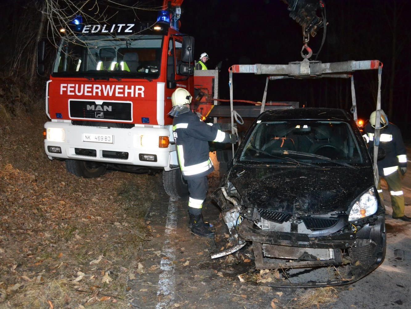Glück im Unglück für eine Lenkerin in Niederösterreich