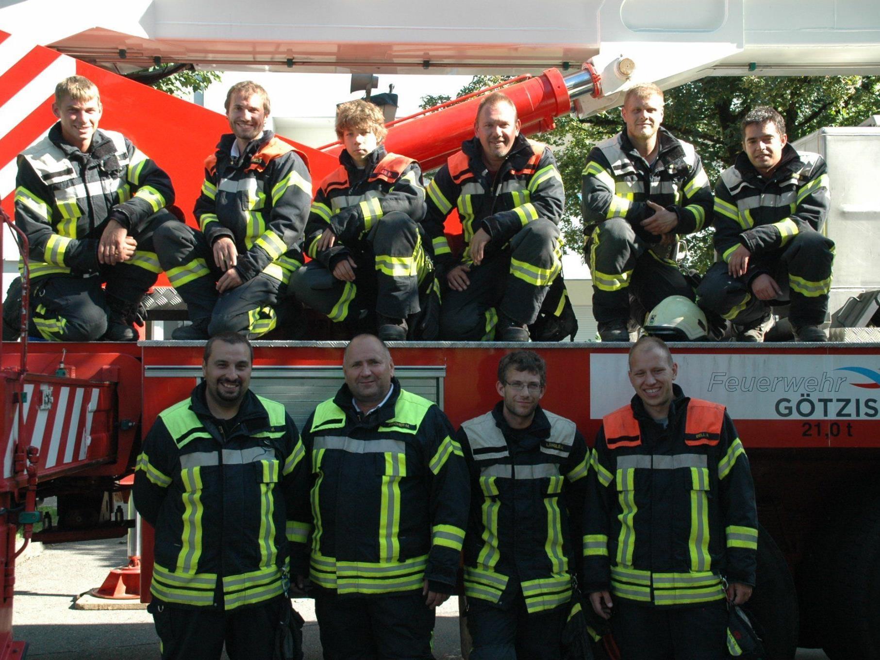 Die Männer der Feuerwehr Götzis sehen mit Freude dem neuen Jahr entgegen