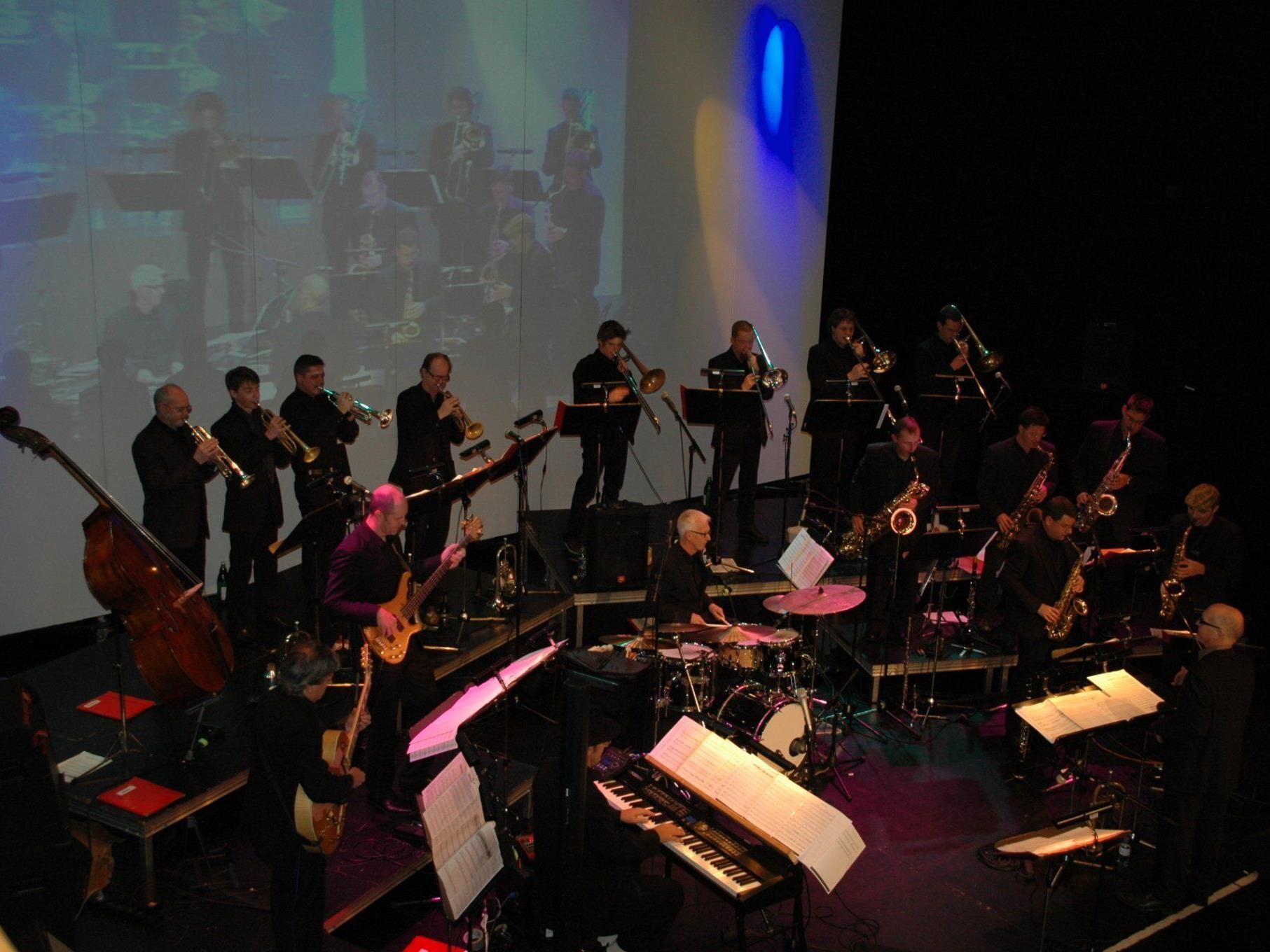 Der Bigbandclub Dornbirn swingte unter der Leitung von Josef Eberle in die Weihnachtsfeiertage