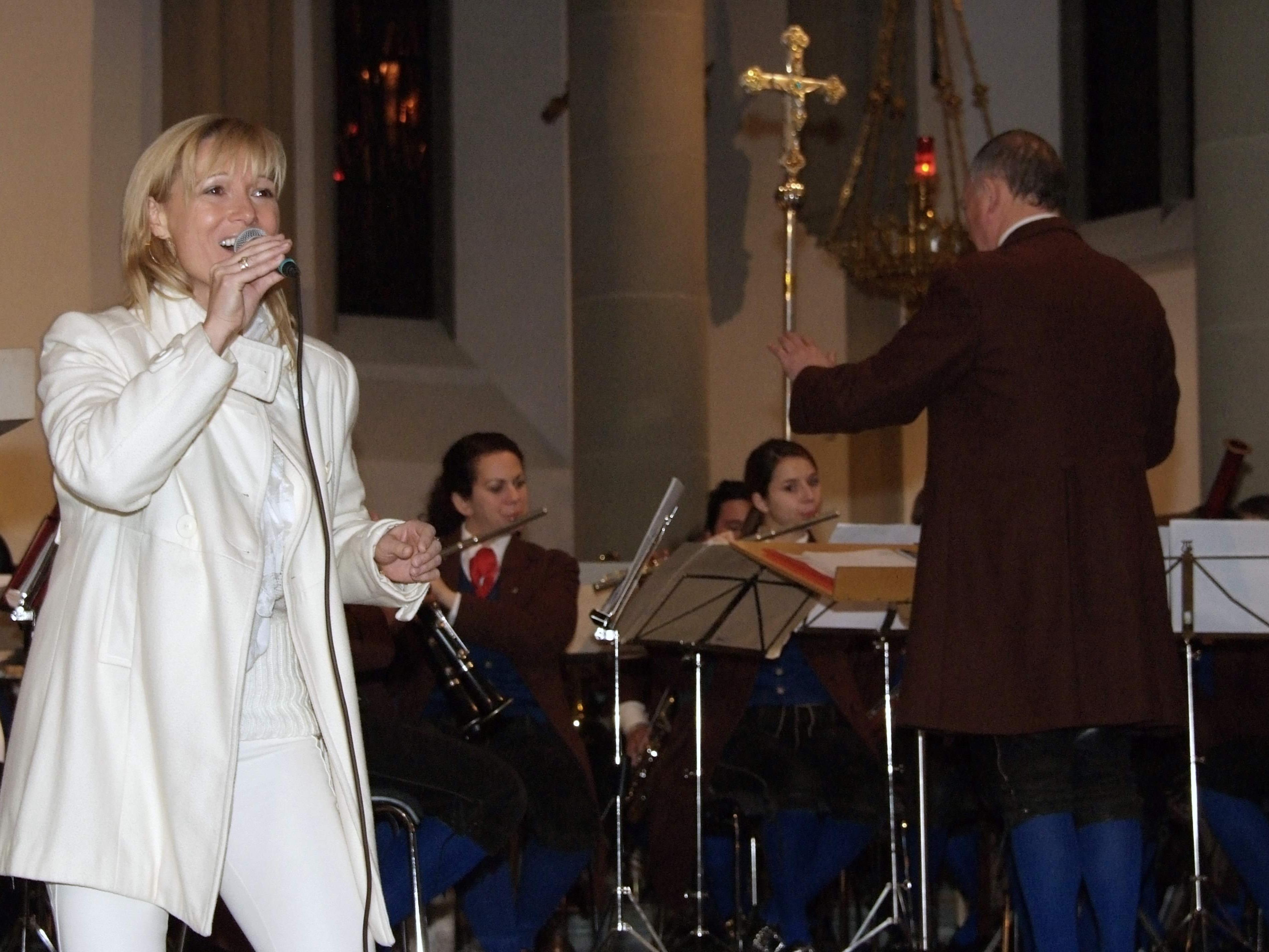 """Astrid Zylla und die Stadtmusik Feldkirch begeisterten mit  """"Gabrielas Song"""""""
