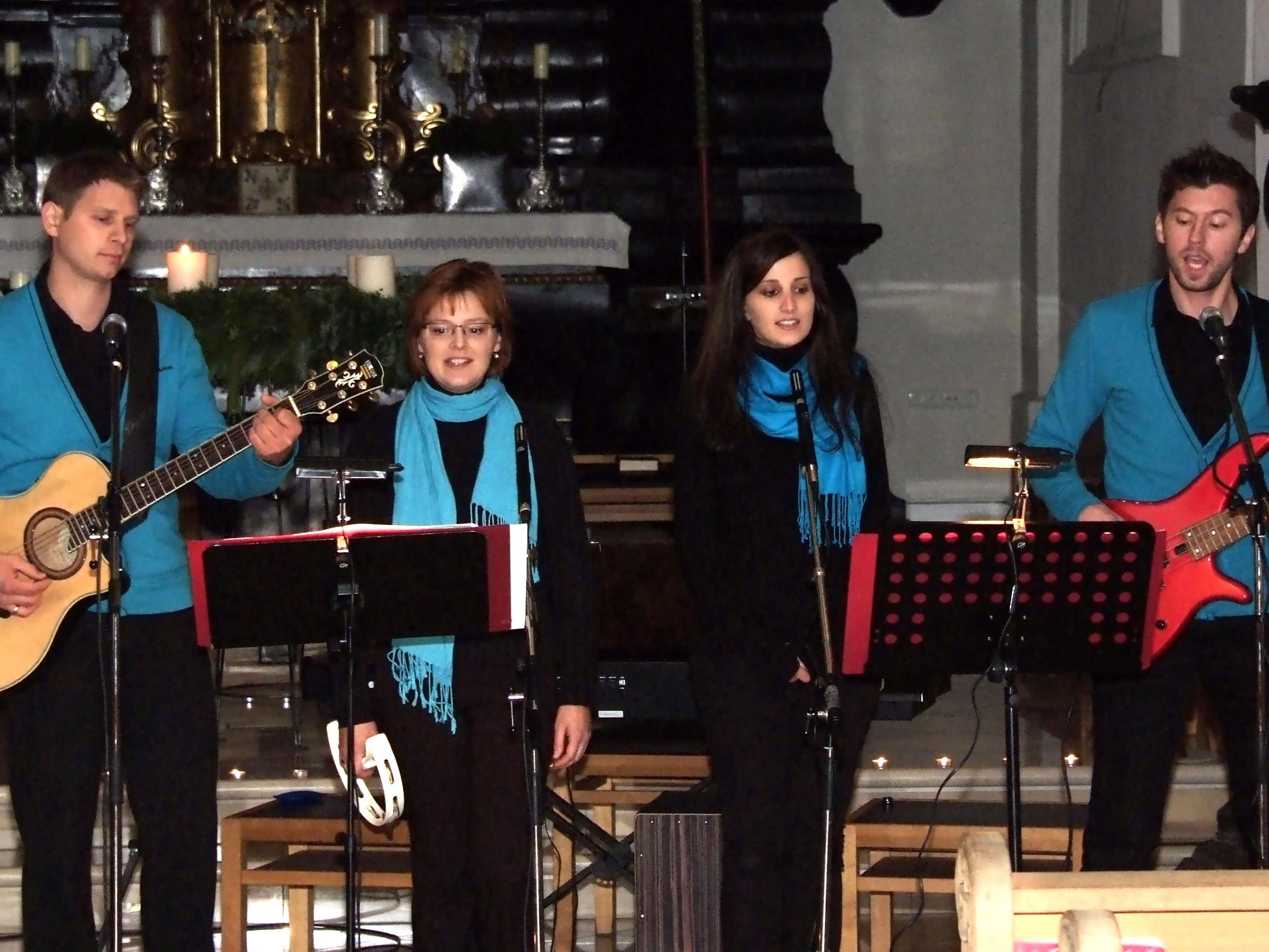 """Das Vokalensemble """"4-Klang""""  begeisterte beim Benefizkonzert in der Ludescher Pfarrkirche"""